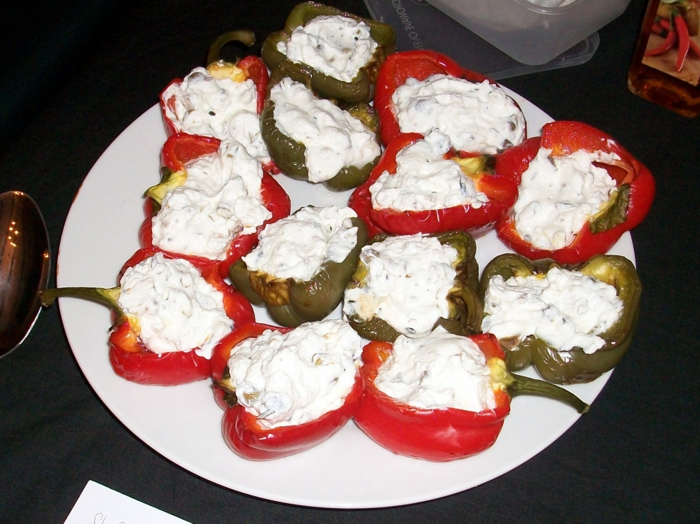 My stuffed peppers- roasted and filled with a mix of ricotta, capers, rosemary and lemon juice. Bit tart, but not bad at all. Shame I forgot the chilli oil drizzle to serve but the parmesan crisps off camera made a fine garnish.