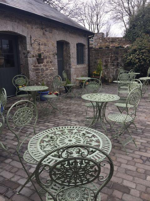 cobbles courtyard
